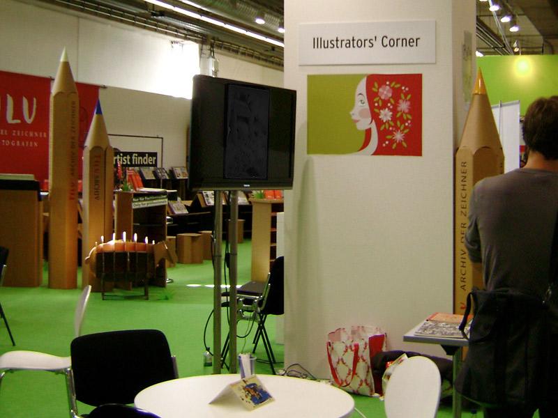 Foto vom Maimädchen als Logo der Illustrator's Corner auf der Frankfurter Buchmesse