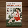 Buch Mein Leben mit Mitsu von Marcel Magis mit farbigen Illustrationen von Iris Luckhaus