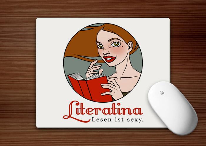 Mousepad für Literatina mit dem Portrait eines Mädchens, das ein Buch liest, denn Lesen ist sexy
