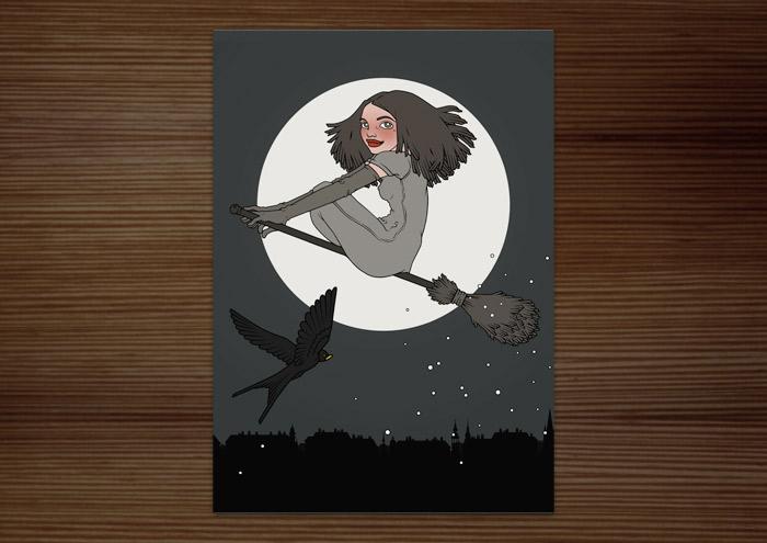 Postkarte mit der Illustration Hexenstunde mit einer mädchenhaften Hexe, die auf einem Besen und von einer Schwalbe begleitet vor dem Vollmond durch den Nachthimmel fliegt
