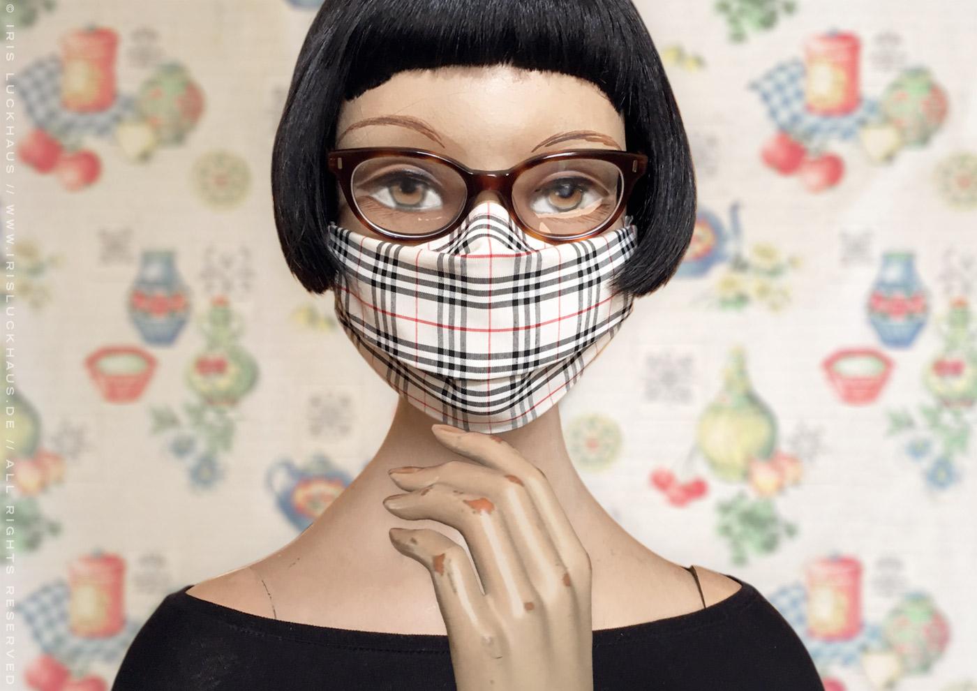 Optimierte Hybrid-Maske, Behelfsmaske, Alltagsmaske, Mundmaske, Mund-Nase-Maske oder Mund-Nase-Bedeckung zum Selbstnähen mit Rückwärtsfalte oder Nasenfalte für Brillenträger mit Anleitung, Schnittmuster, Schablone und Anpassungen für Stoffe wie Baumwolle, Polyester, Seide oder Filter mit Nasenbügel, Filteröffnung und Tunnelzug für Ohrhalter oder Kopfbändel von Iris Luckhaus