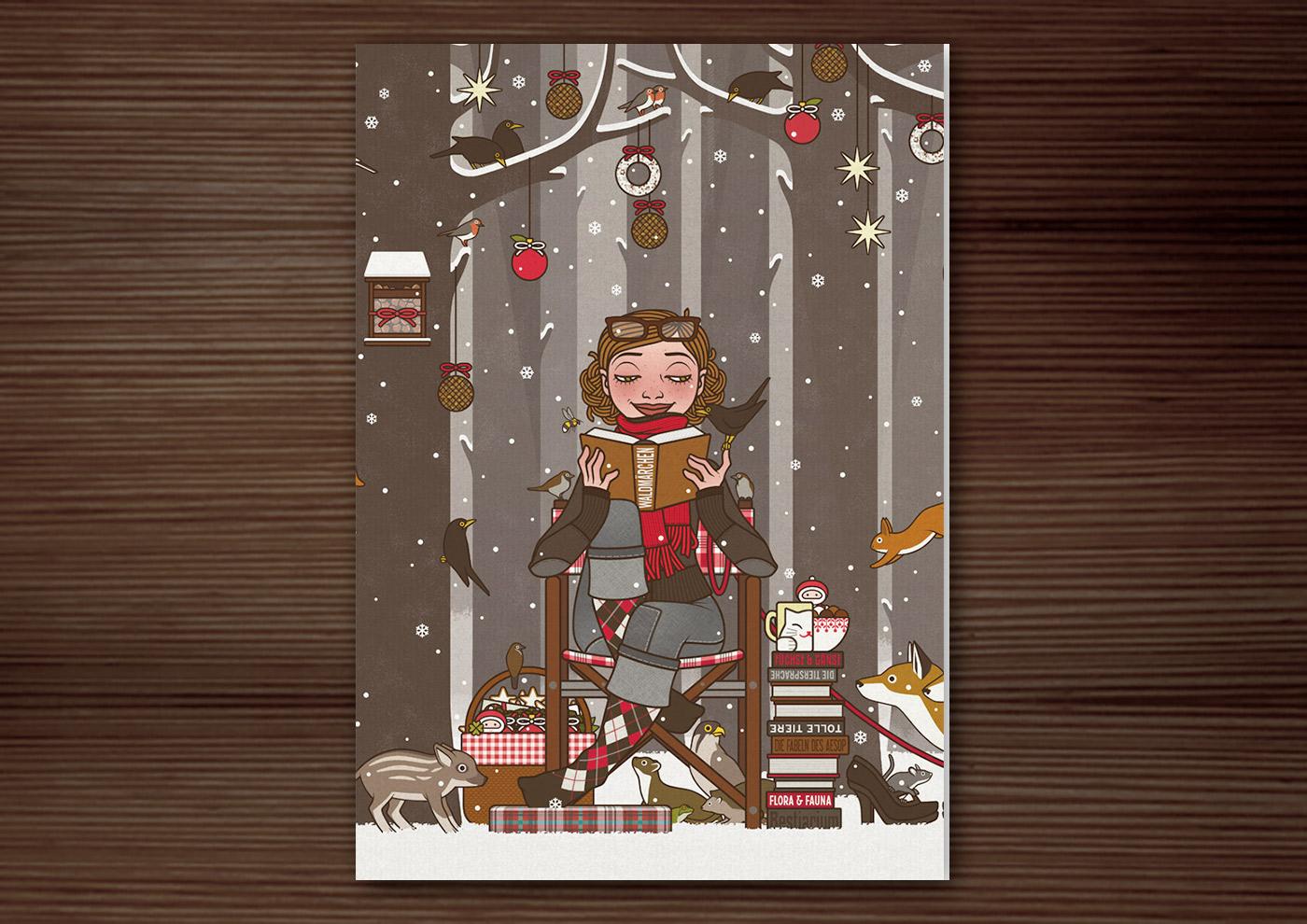 Weihnachtskarte mit der Zeichnung von einem Mädchen, das im Winter und zur Feier des Advent mitten im winterlich verschneiten Wald Tieren wie Eichhörnchen, Füchsen, Rehen, Singvögeln und Amseln vorliest und den Wald außerdem mit Meisenknödeln, Meisenringen und Vogelfutter schmückt, für Lily Lux von Iris Luckhaus