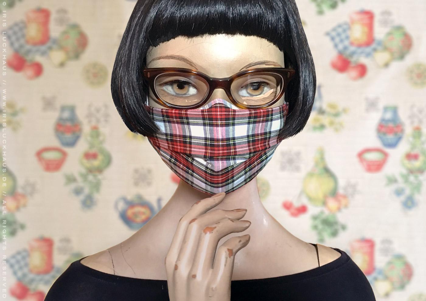 Optimierte Hybrid-Maske als Übermaske, Cover oder Überzug für eine FFP2-Maske oder N95-Maske, Alltagsmaske, Mundmaske, Mund-Nase-Maske oder Mund-Nase-Bedeckung zum Selbstnähen mit Anleitung, Schnittmuster und Schablone auf Stoff mit Nasenbügel, Filteröffnung und Tunnelzug für Ohrhalter und Kopfbändel von Iris Luckhaus